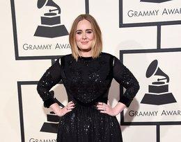 Adele w czarnej błyszczącej sukni do ziemi na czerwonym dywanie