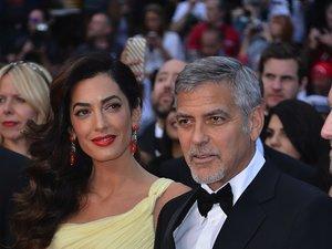 Amal Clooney, George Clooney na czerwonym dywanie