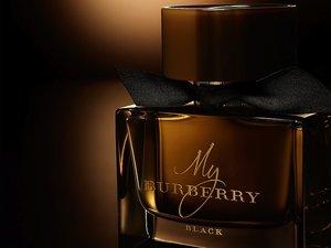 Brązowy flakon perfum My Burberry Black