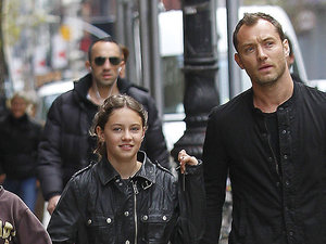 Jude Law z córką Iris Law