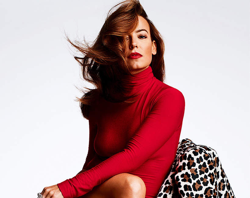 anna0mucha-jak-mieszka-kobieta-wczerwonej-sukience-aktorka