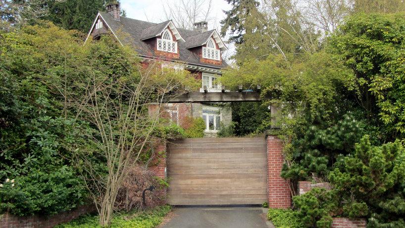 Dom Kurta Cobaina  i Courtney Love na sprzedaż