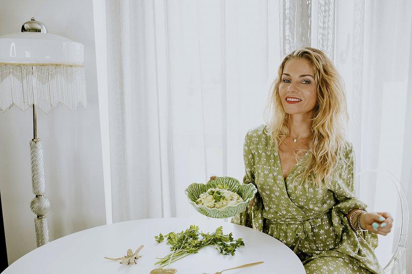 Ewa Szabatin -  sałatka z jajka i awokado - przepis