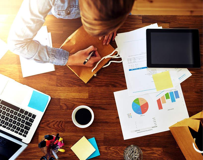 home-office-praca-zdalna-w-dobie-koronawirusa-swiadczenia-pracownikow-jakie-prawa-ma-pracownik-2020-przepisy-zmiana