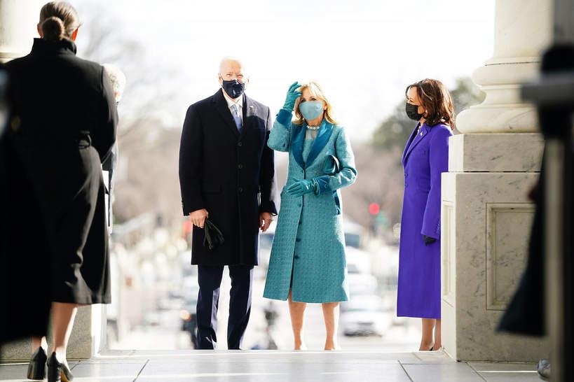 inauguracja-prezydenta-joe-biden-usa-jill-biden-stylizacja-plaszcz-21