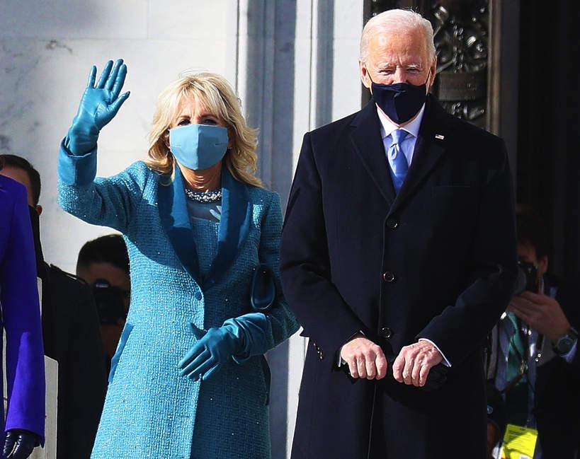 inauguracja-prezydenta-joe-biden-usa-jill-biden-stylizacja-plaszcz-28