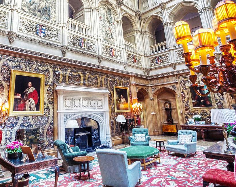 Jak wygląda prawdziwy zamek Highclere Castle - posiadłość z filmu Downton Abbey