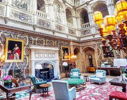 """Zamek z """"Downton Abbey"""" istnieje naprawdę! Wiemy, do kogo należy"""