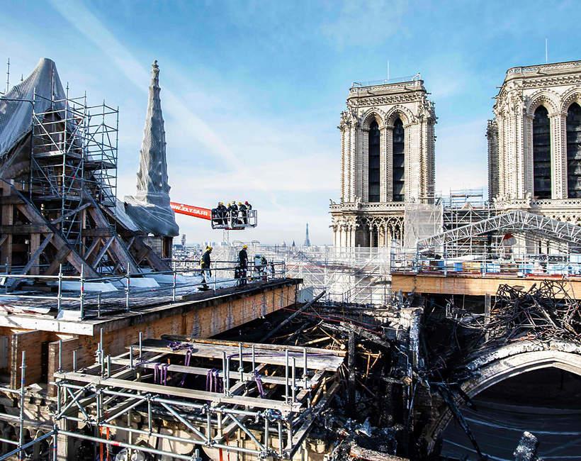 Katedra Notre Dame odbudowa postep prac