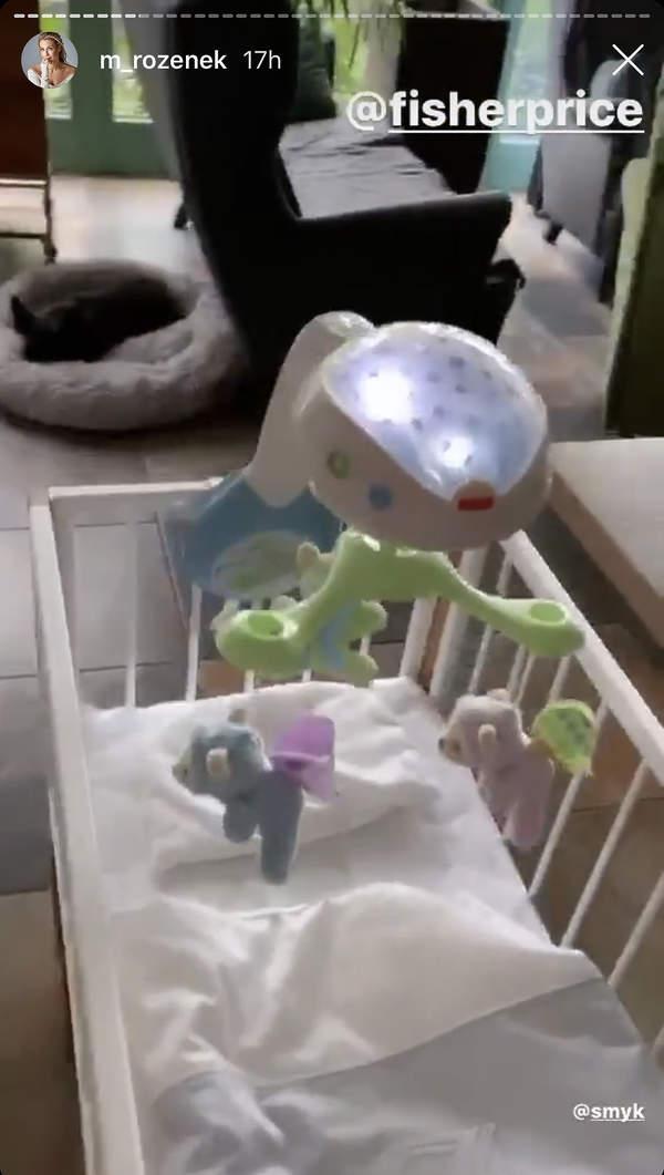 malgorzata-rozenek-majdan-3-dla-dzieci-zabawki-lozeczko