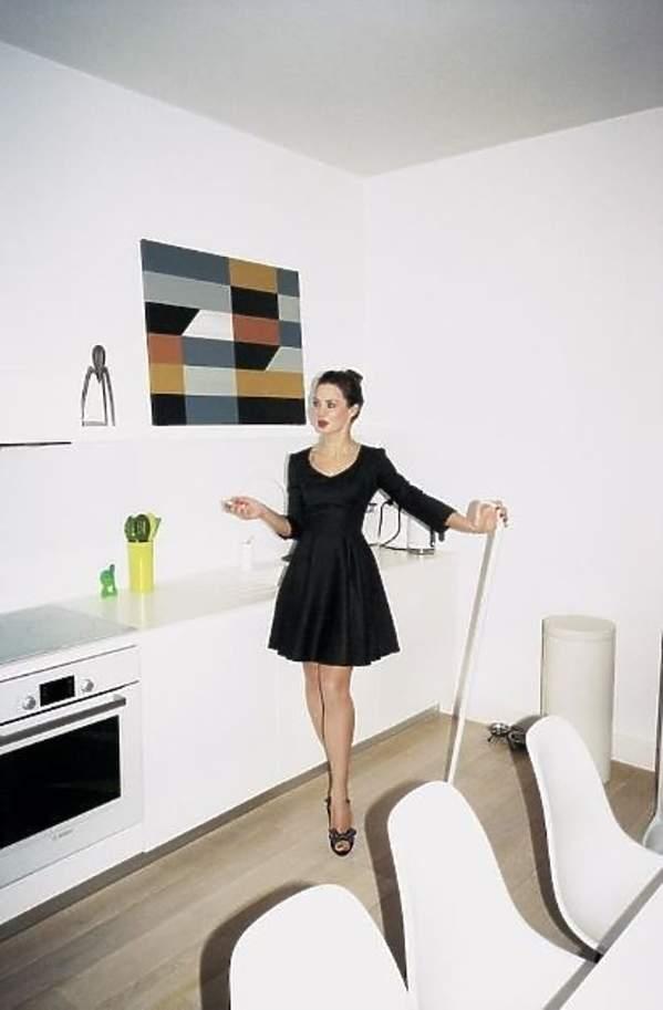 Minimalistyczne, białe mieszkanie - inspiracje