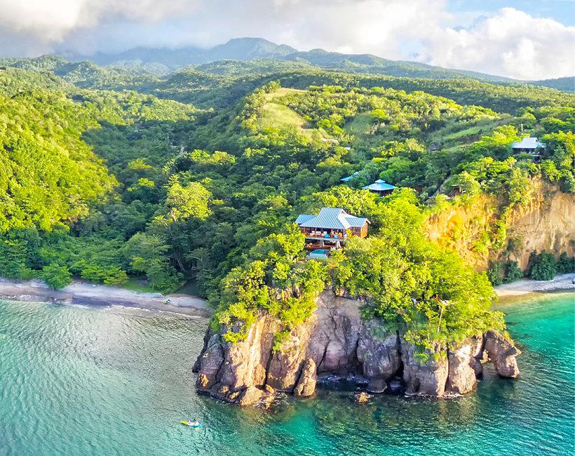 Najbardziej niesamowite resorty świata położone na klifach