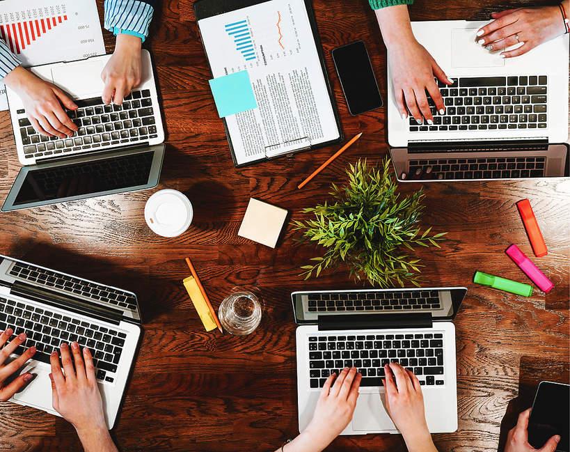 prca-w-czasach-po-koronawirusie-home-office-powrot-do-biur-kiedy-jak-bedziemy pracowac-2020-2