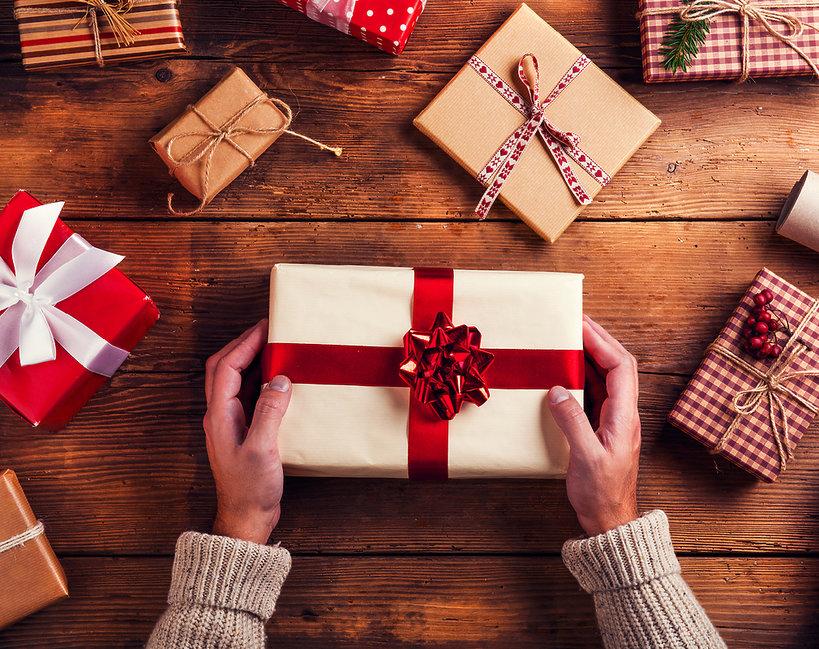 Prezenty na święta- jak pakować