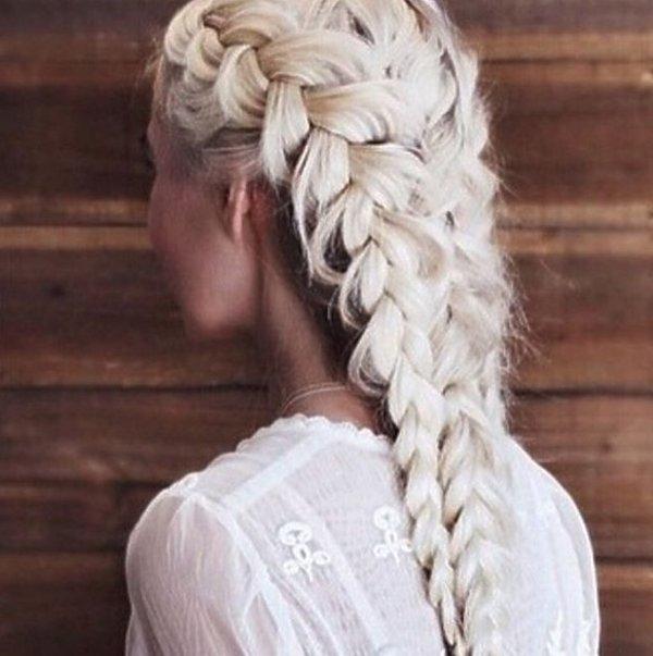Blond boxer braids