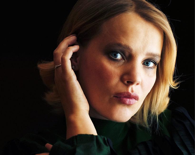 Joanna Kulig kto ją maluje i czesze