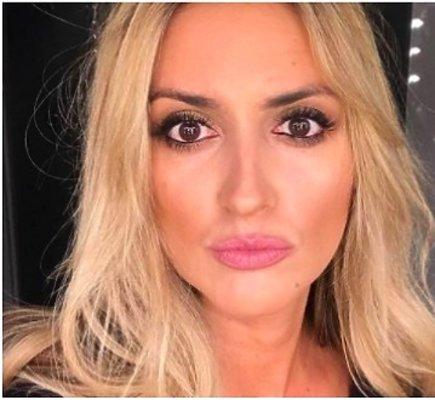 Karolina Szostak bez makijażu