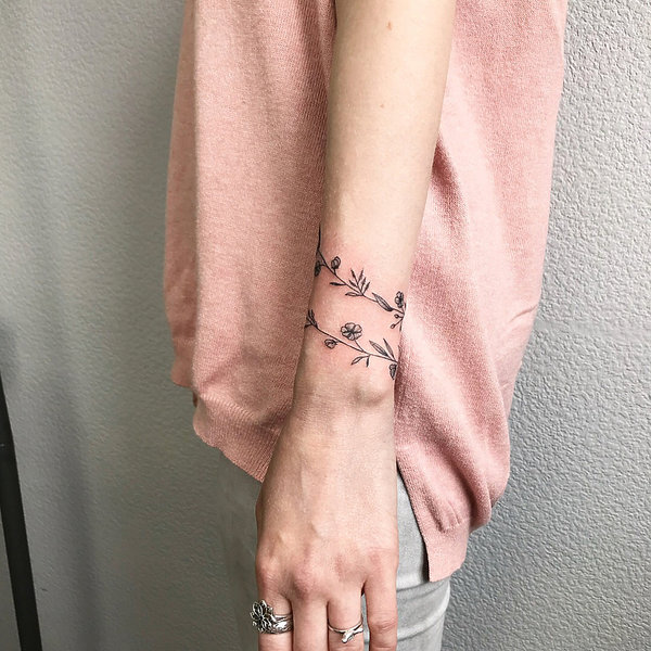 Małe Kobiece Tatuaże Daj Się Zainspirować Vivapl