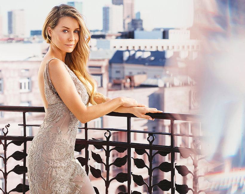 Małgorzata Rozenek-Majdan - ambasadorka perfumLuminata marki AVON