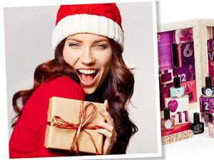 Pani z prezentem i kalendarze adwentowe