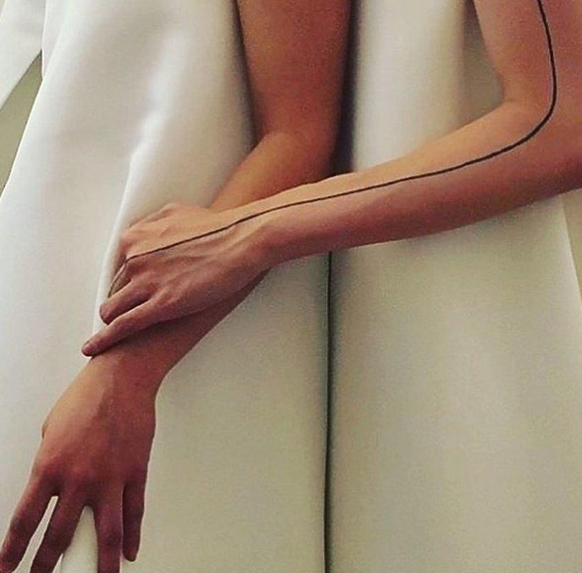 Najmodniejsze Tatuaże Linearne Dla Minimalistów Vivapl