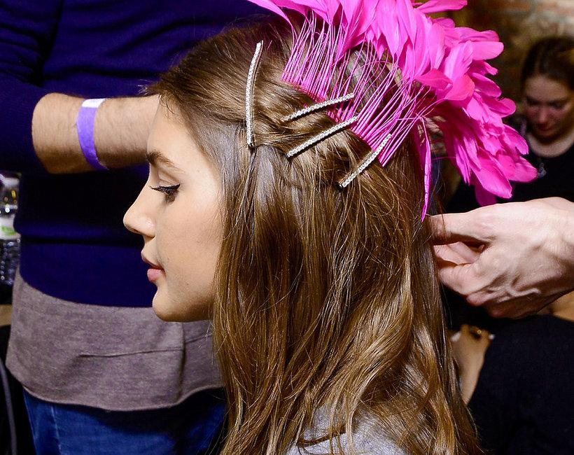 trend uroda włosy upięcia