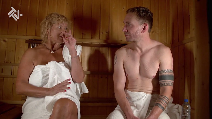 Ewa Kasprzyk i Przemysław Kossakowski w saunie