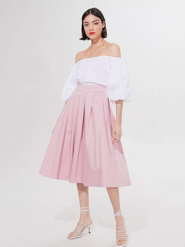 Trendy na lato 2020: pastelowe rozkloszowane spódnice. Oto