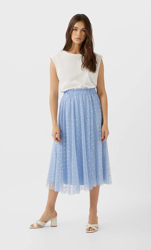 pastelowa-rozkloszowana-spodnica-elegancka-na-wesele-2020