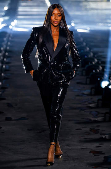 49 letnia Naomi Campbell naga w reklamie Westwood wiosna 2020