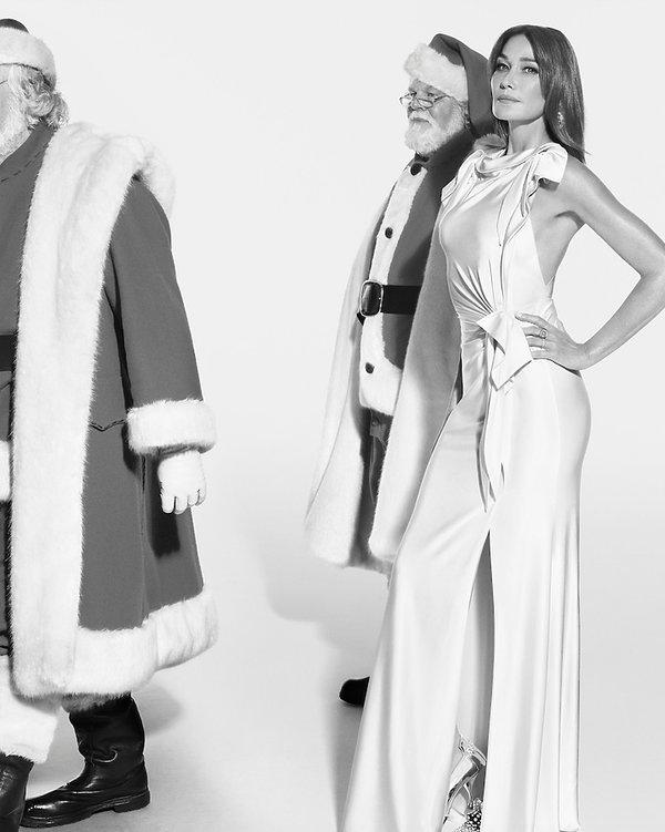 51-letnia Carla Bruni powraca w świątecznej reklamie Burberry