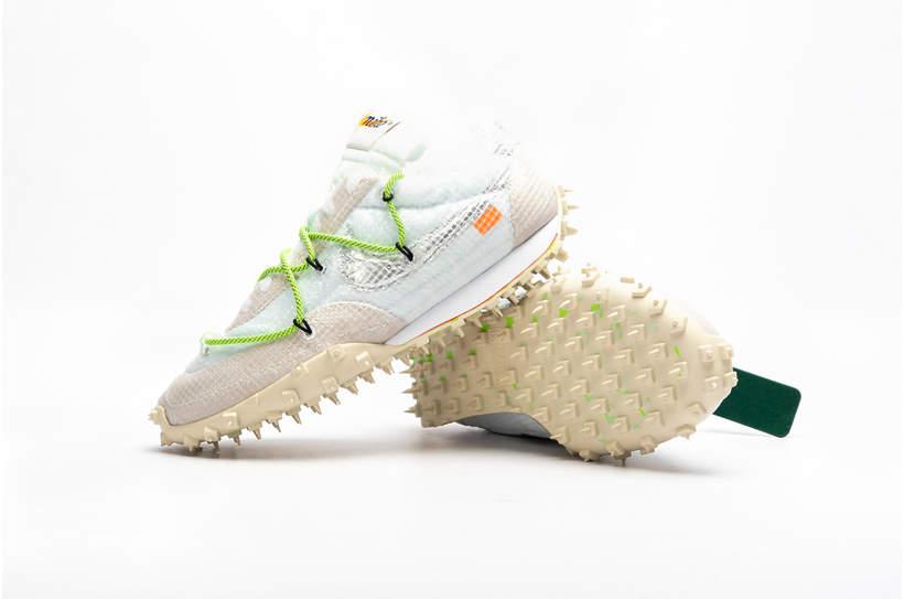 Agnieszka Woźniak-Starak stylizacja na wiosnę 2020 w modnych sneakersach  Off-White x Nike Wafle Racer