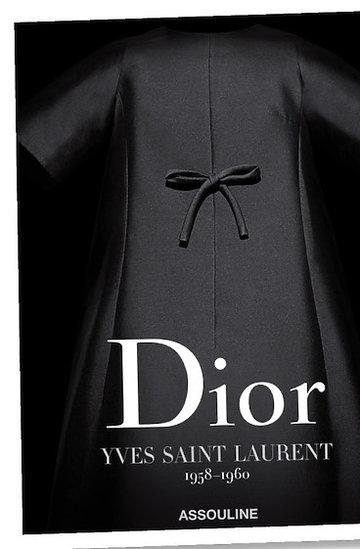 Album o historii marki Christian Dior kiedy pracował dla niej Yves Saint Laurent