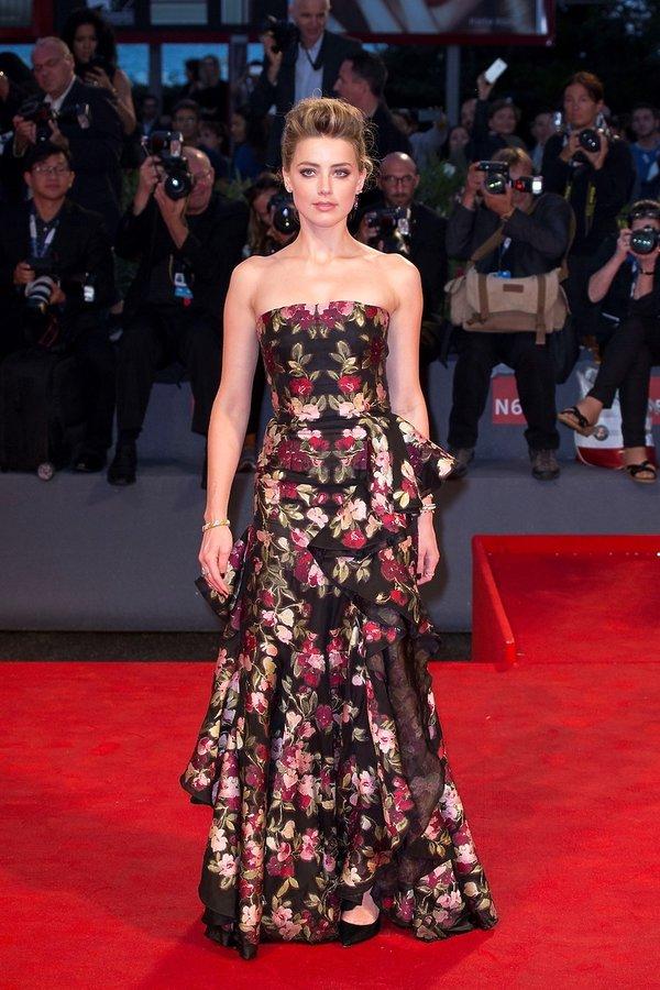 Amber Heard Najpiękniejsze kreacje z poprzednich lat na Festiwal Filmowy w Wenecji
