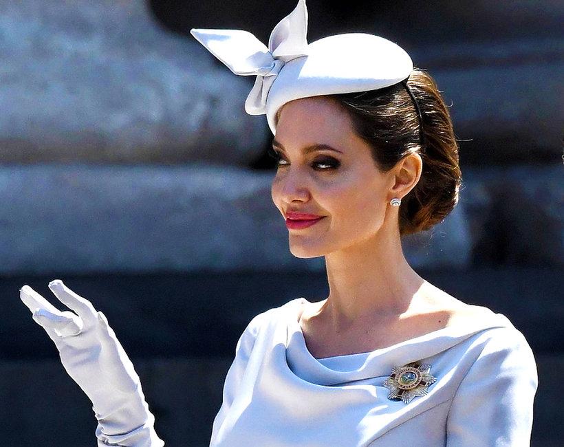 Angelina Jolie na królewskiej uroczystości w Londynie