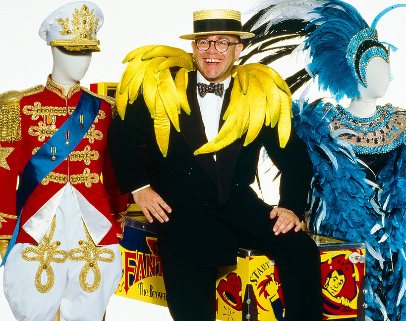 Autobiografia Eltona Johna, skandale, seks, narkotyki