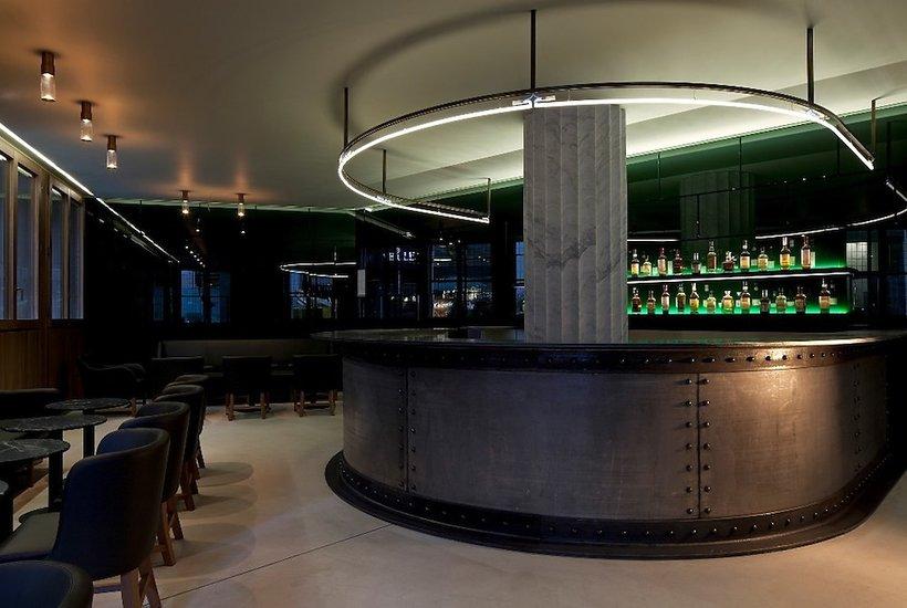 Bar w Londyński Hotel Café Royal serwuje drinki inspirowane perfumami Givenchy