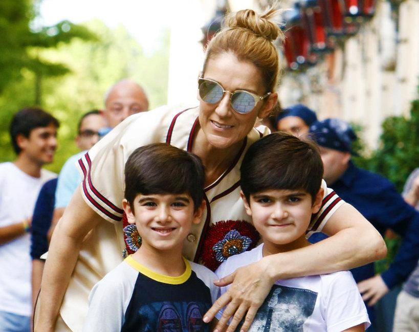 """Celine Dion zaprojektowała kolekcję """"neutralnych płciowo"""" ubrań dla dzieci!"""