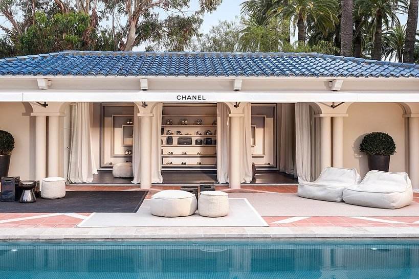 Chanel pop-up store w Saint-Tropez