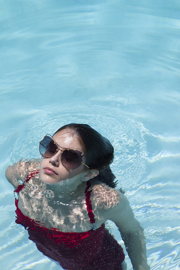 Córka Cindy Crawford, Kaia Gerber w reklamie okularów Miu Miu