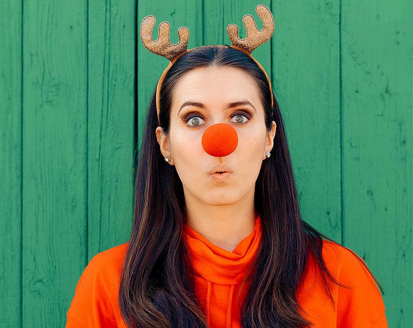 Erotyczny trend świąteczny zainspirowany Reniferem Rudolfem