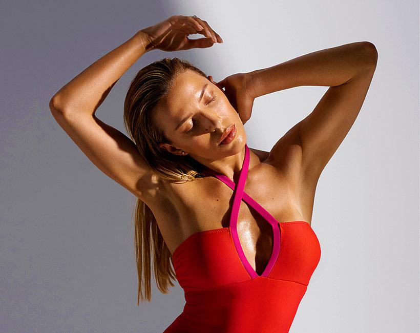 Ewa Chodakowska zaprojektowała Kostiumy kąpielowe Mission Swim
