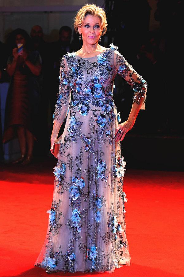 Festiwal Filmowy w Wenecji stylizacje gwiazd na czerwonym dywanie, Jane Fonda