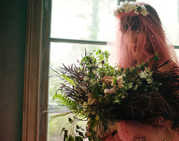 Orfeusz i Eurydyka w… kostiumach Gucci! Piękny film nakręcony przez bratanicę Sofii Coppoli!