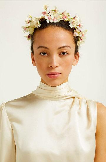 Florystka ze ślubu księżnej Meghan zaprojektowała opaski do włosów