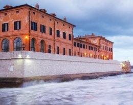 Hotel La Posta Vecchia Hotel w Ladispoli we Włoszech