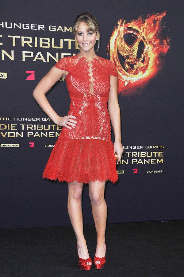 Jennifer Lawrence w kreacji Marchesa