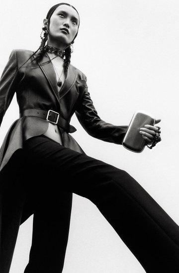 Kampania domu mody Alexander McQueen na wiosnę 2019