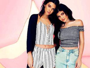 Kendall i Kylie Jenner zaprojektowały kolekcję ubrań dla sieci sklepów PacSun