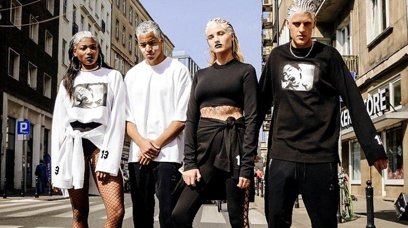 Cara Delevingne kampania marki Puma buty Suede Heart Reset